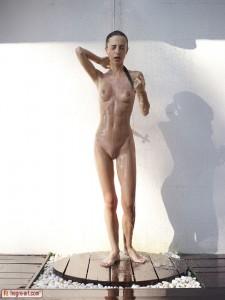 Kiki Sunset shower 3