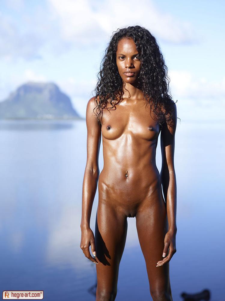 valerie mauritius nude model