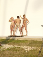 Alya-Shooting-Coxy-Flora-and-Thea-Hegreart-01