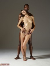 Hegre ModelS Flora and Mike Body Sculpting 01