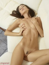 Hegreart erotica Kiki Melts Your Heart 08