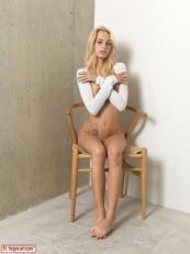 Hegre Beauty Erica F Sexy Sitting 07
